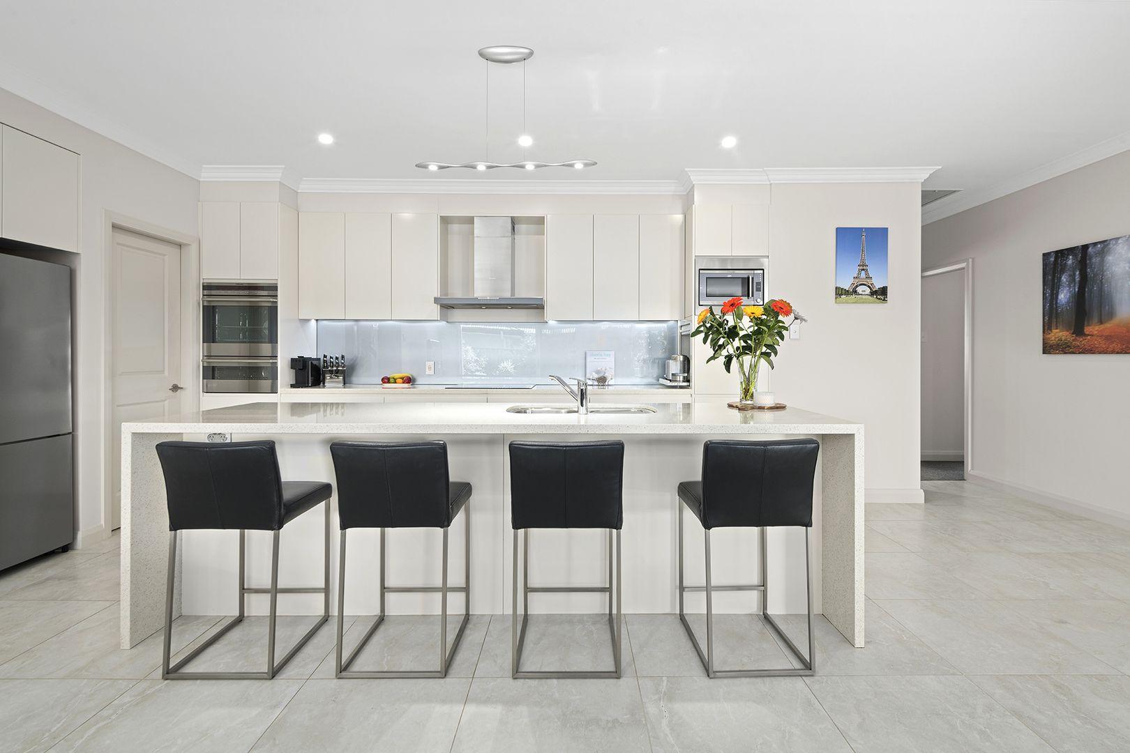 61 Renwick  Drive, Renwick NSW 2575, Image 2