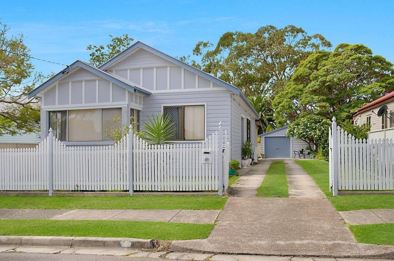 11 Bala Road, Adamstown NSW 2289, Image 0