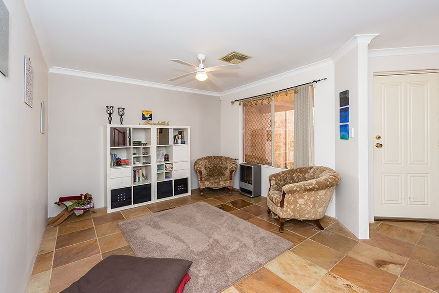 52 Russell St, East Cannington WA 6107, Image 2