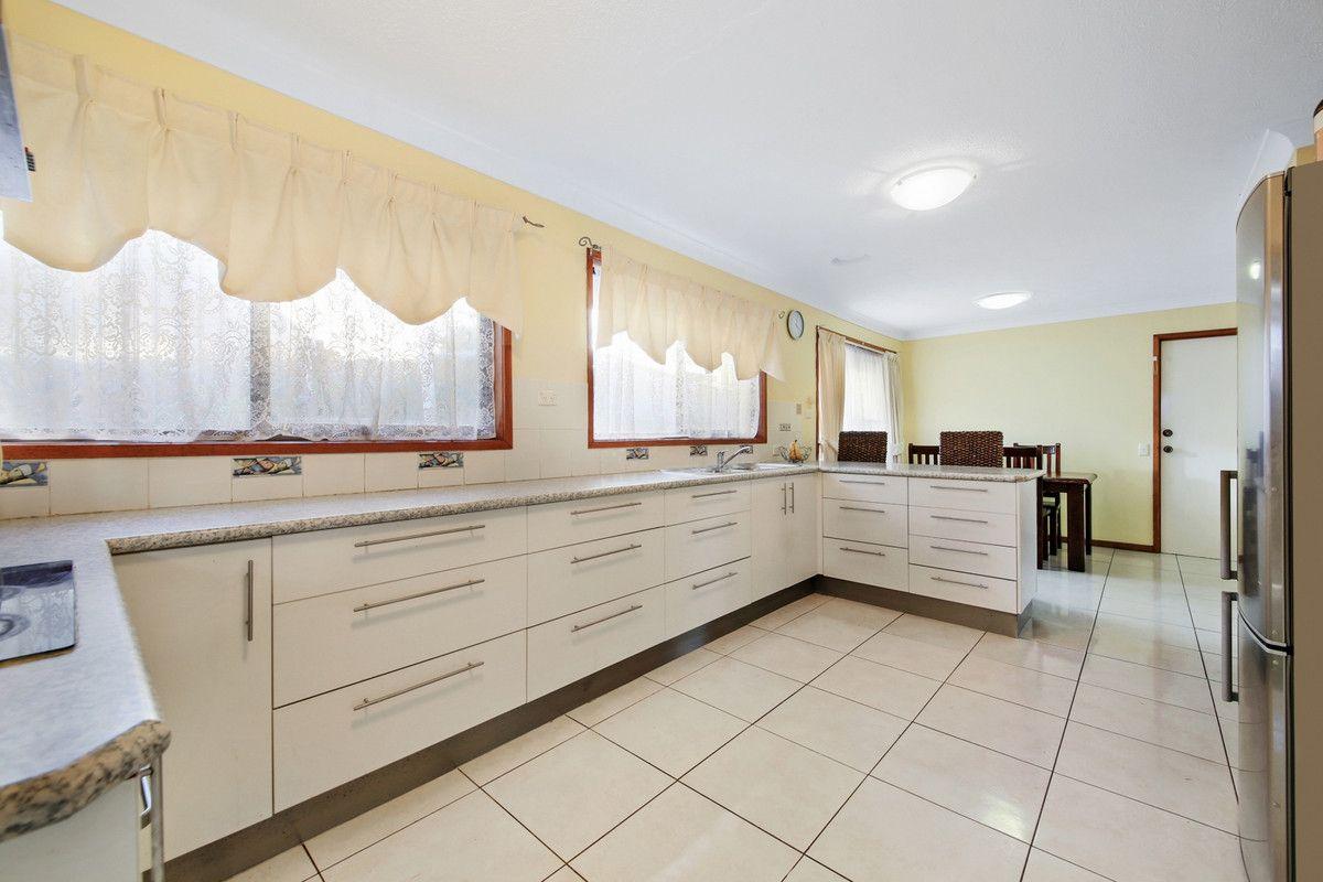 57 Mitchell Avenue, Molendinar QLD 4214, Image 2