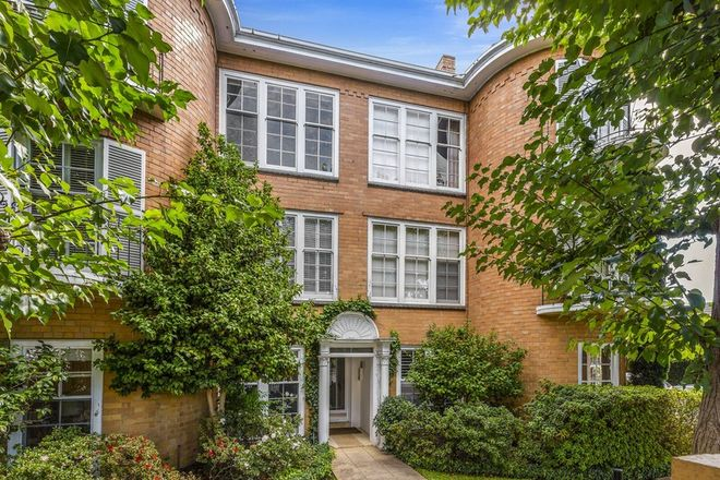 Picture of Apartment 3/7 Wallace Avenue, TOORAK VIC 3142