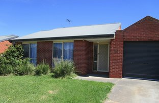 Picture of 4/102 Main Road, Riddells Creek VIC 3431