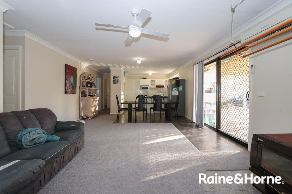 36 Peacock Street, Eglinton NSW 2795, Image 2