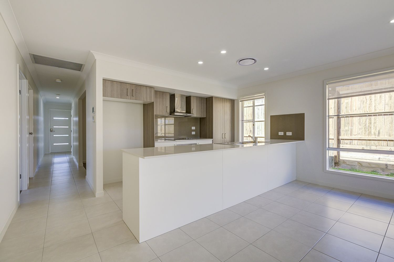 41 Gateway Drive, Flagstone QLD 4280, Image 2