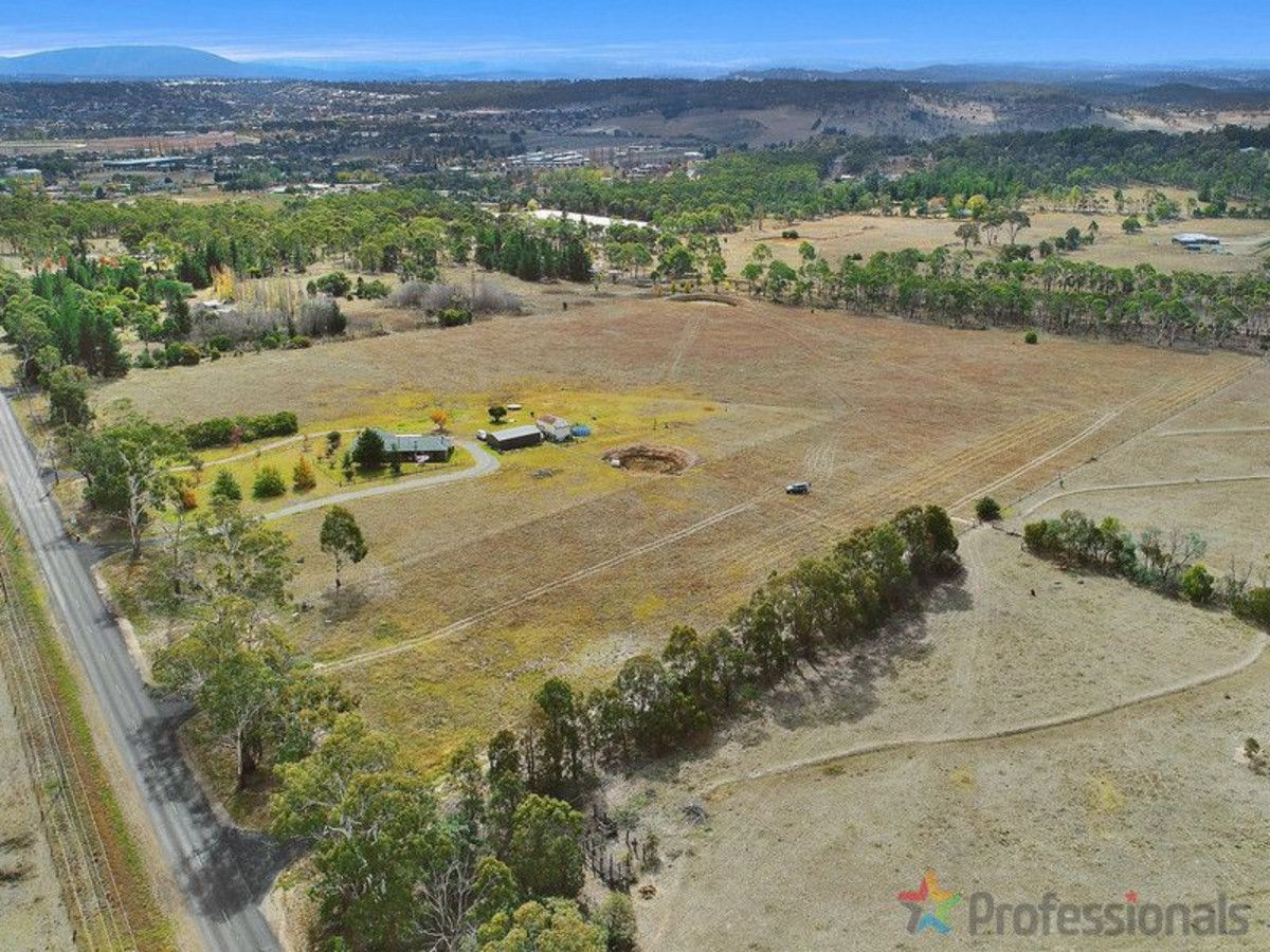 137 Long Swamp Road, Armidale NSW 2350, Image 0