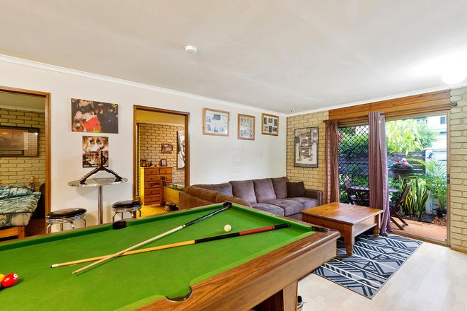 Picture of 1 & 2/2 Highland Place, BUDERIM QLD 4556