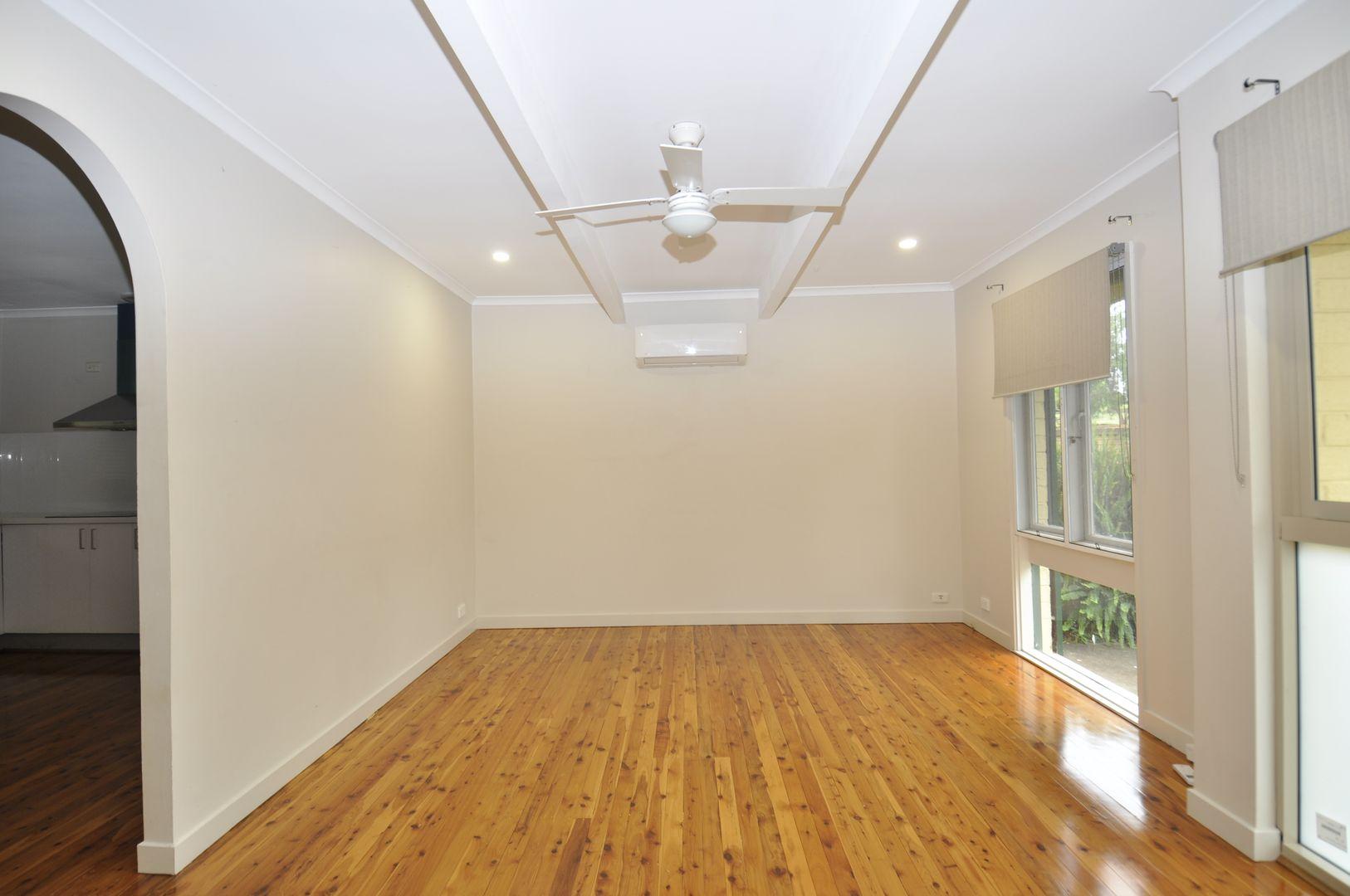 40 Grasmere Avenue, Northmead NSW 2152, Image 2