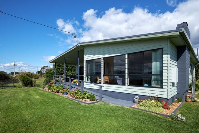 Picture of 77 Foreshore Road, KELSO TAS 7270