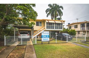 Picture of 34 Westmoreland Street, Kawana QLD 4701