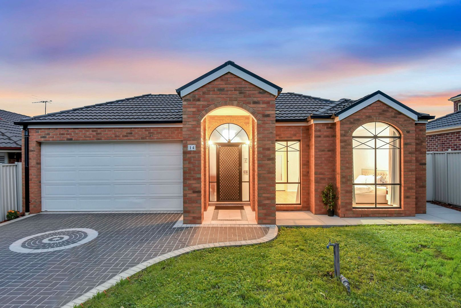 14 Aldercress  Close, Craigieburn VIC 3064, Image 0