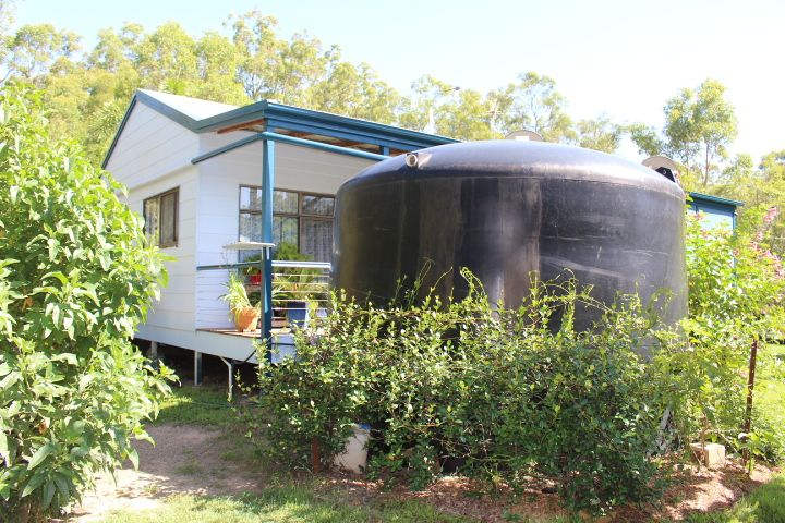 166 Hills Rd, Gin Gin QLD 4671, Image 2