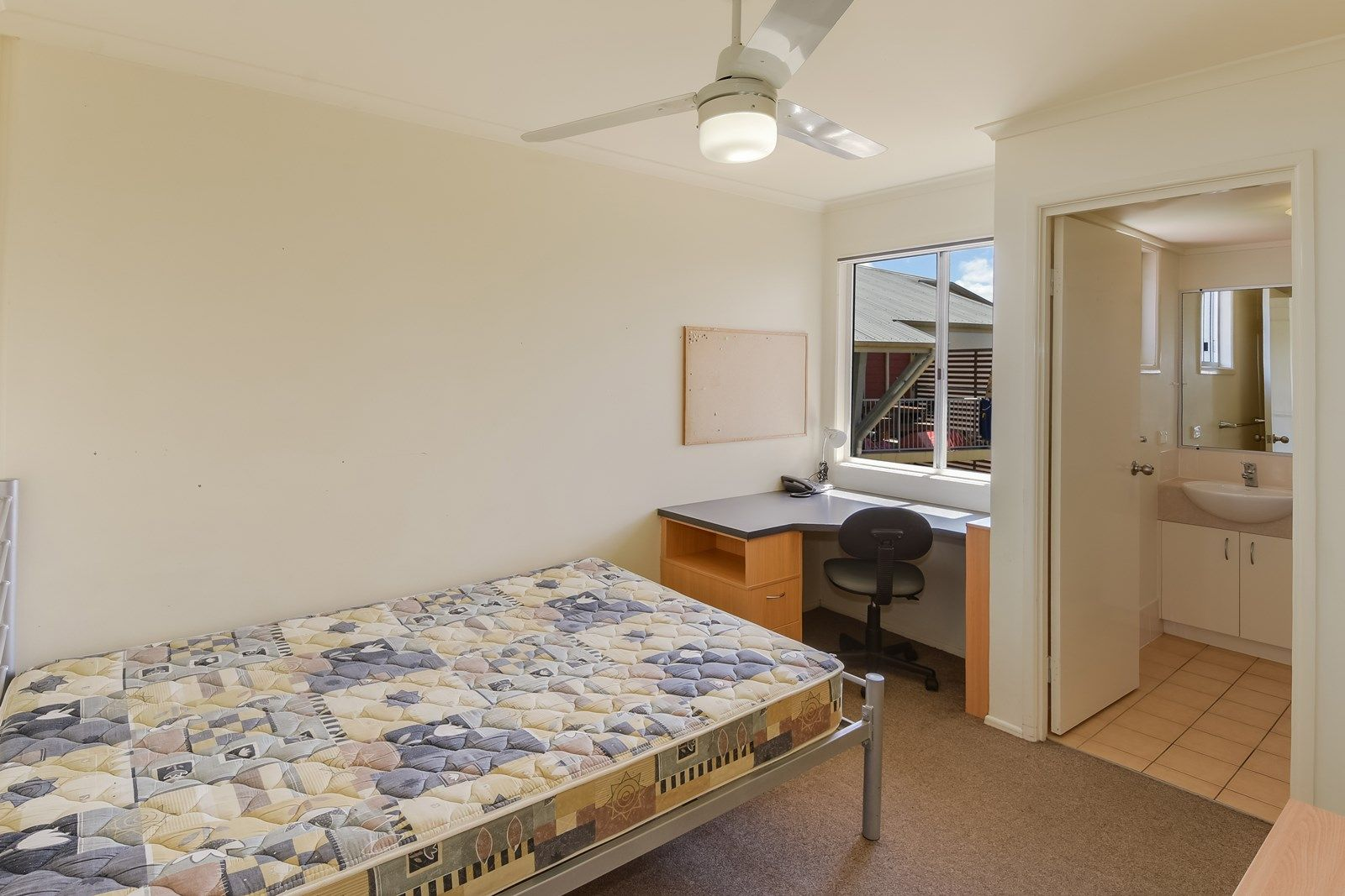 75/4-20 Varsityview Court, Sippy Downs QLD 4556, Image 2