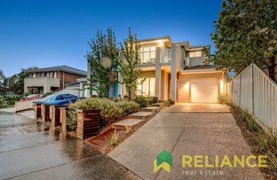 Picture of 1/18 Lennon Boulevard, Point Cook VIC 3030