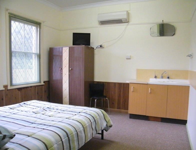 1/68 Fitzroy Street, Tamworth NSW 2340, Image 2