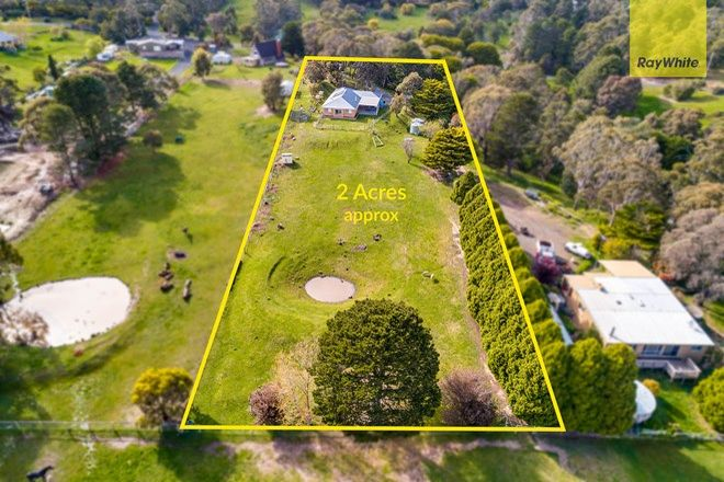 Picture of 83 Shuter Avenue, GREENDALE VIC 3341