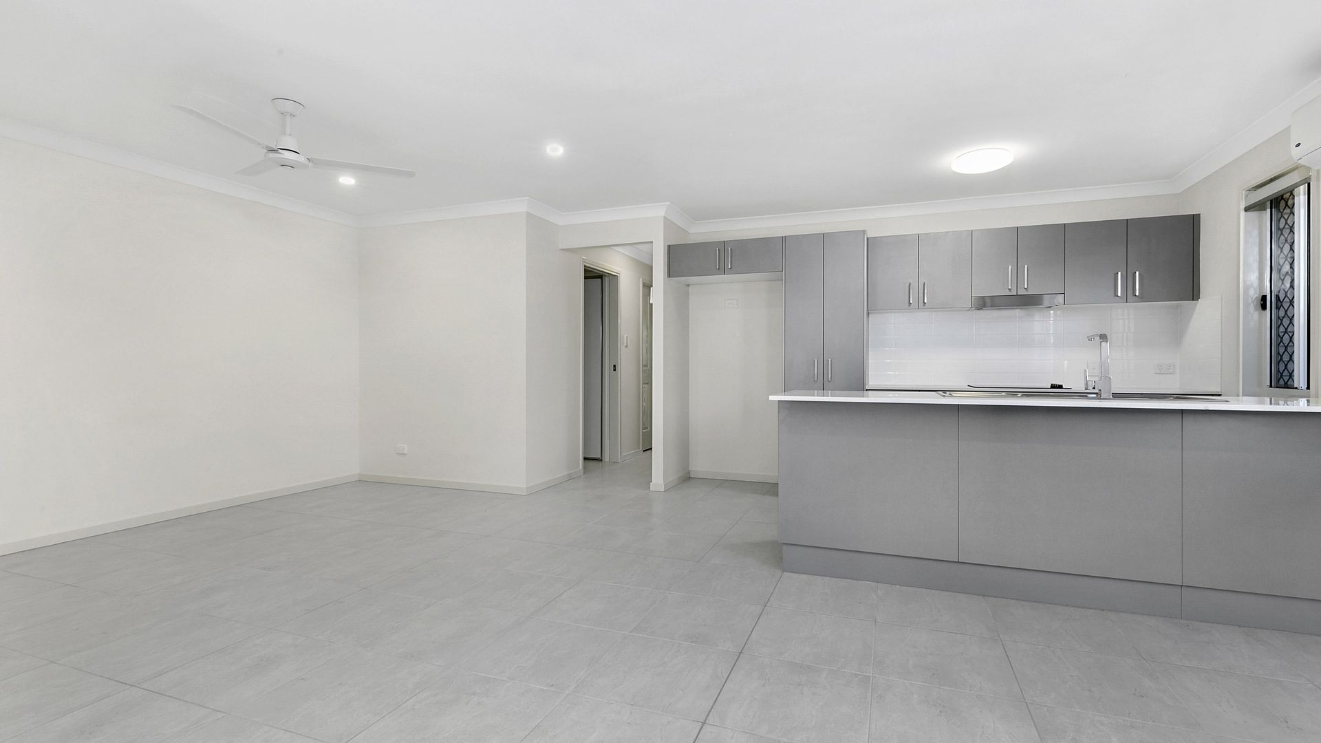 1/7 Norman Close, Collingwood Park QLD 4301, Image 2