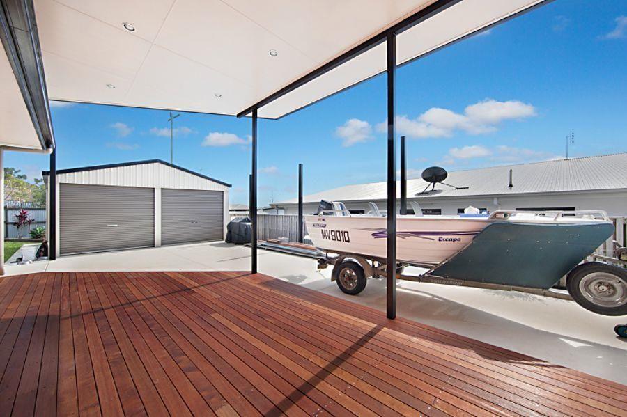 11 Deedes Crescent, Bushland Beach QLD 4818, Image 1