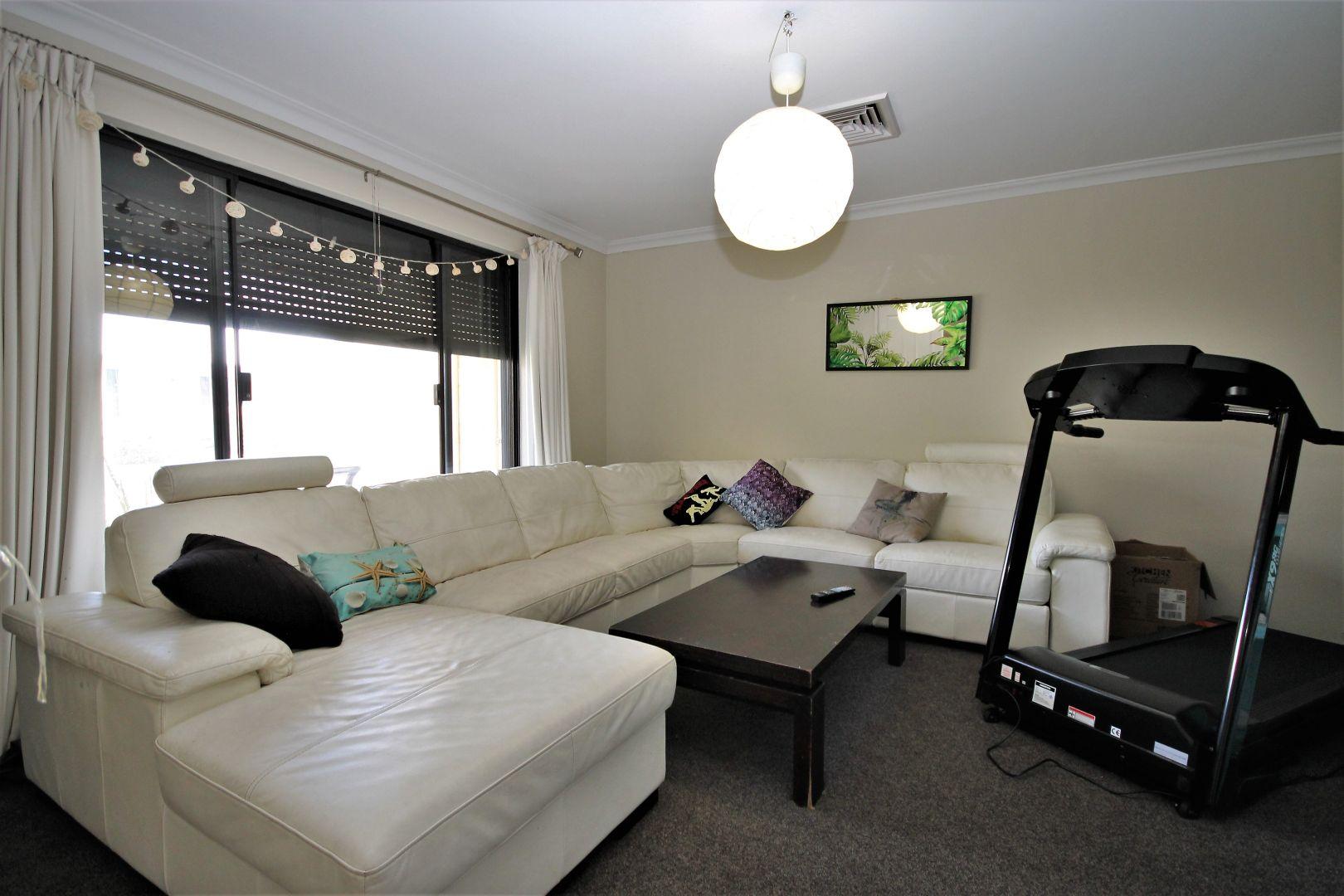 17 Sadler Circuit, Australind WA 6233, Image 2