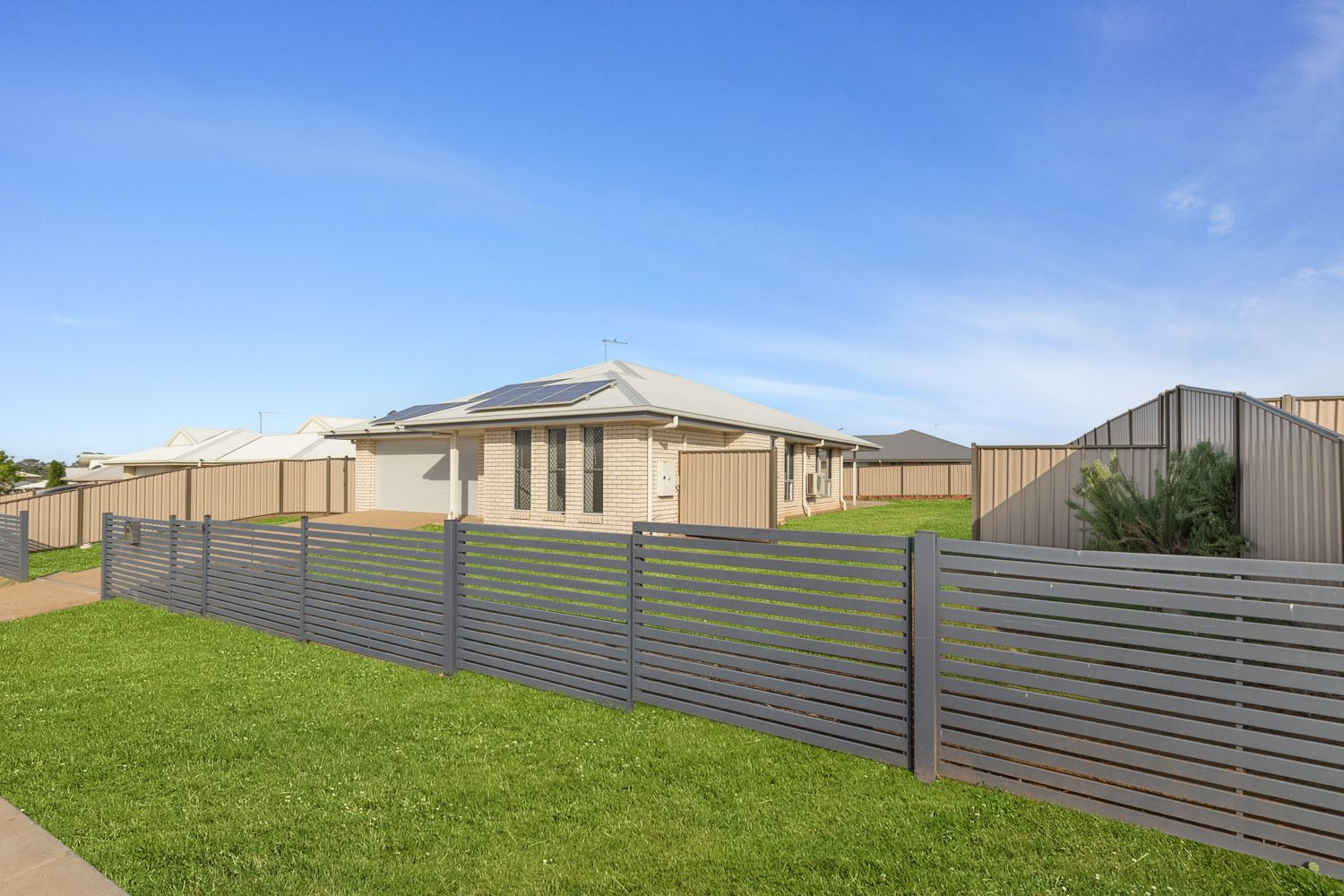 45 Anna Meares Avenue, Gracemere QLD 4702, Image 2