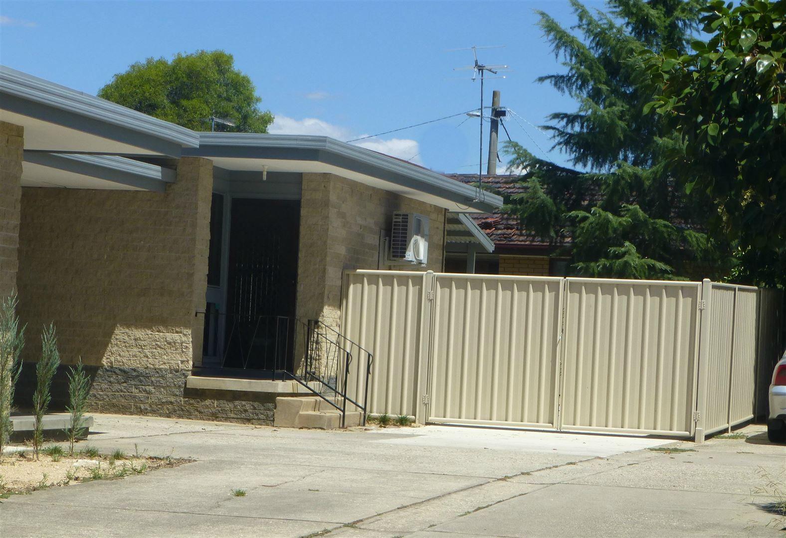 2/137 Lawrence Street, Wodonga VIC 3690, Image 0