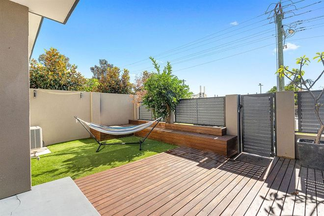 Picture of 1/219 Scarborough Beach Road, DOUBLEVIEW WA 6018