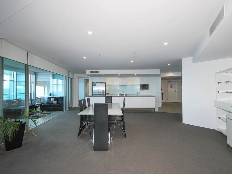 6203/9 Hamilton Avenue, Surfers Paradise QLD 4217, Image 1