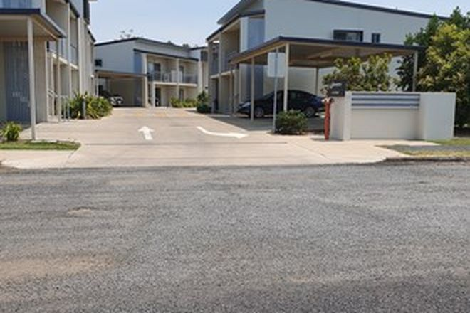 Picture of 2/10 Prince Place, MIDDLEMOUNT QLD 4746
