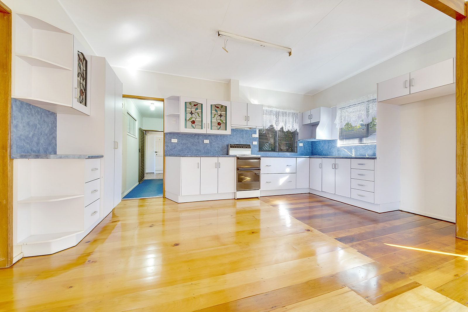 62 Schofield Parade, Keppel Sands QLD 4702, Image 2