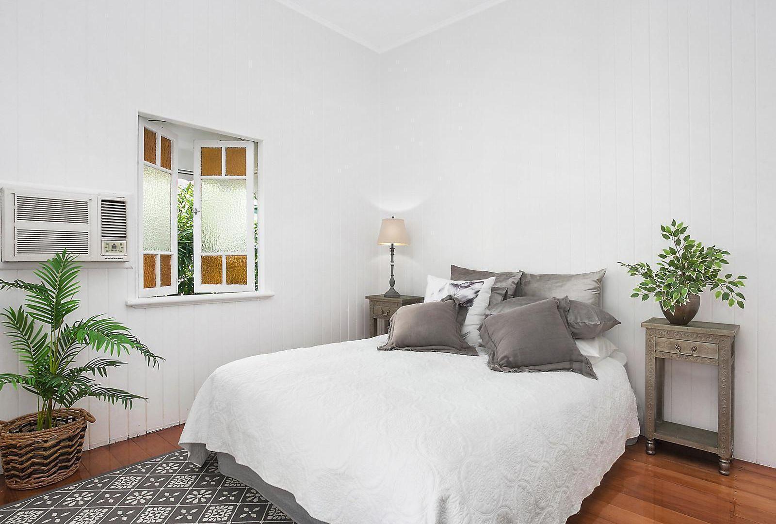 10 Brentnall Street, Mysterton QLD 4812, Image 2
