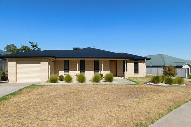 Picture of 1/30 Thorneycroft Avenue, WODONGA VIC 3690
