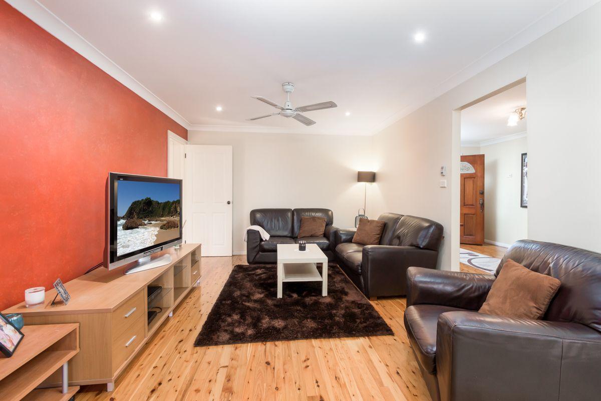 14 Gerald Crescent, Doonside NSW 2767, Image 2