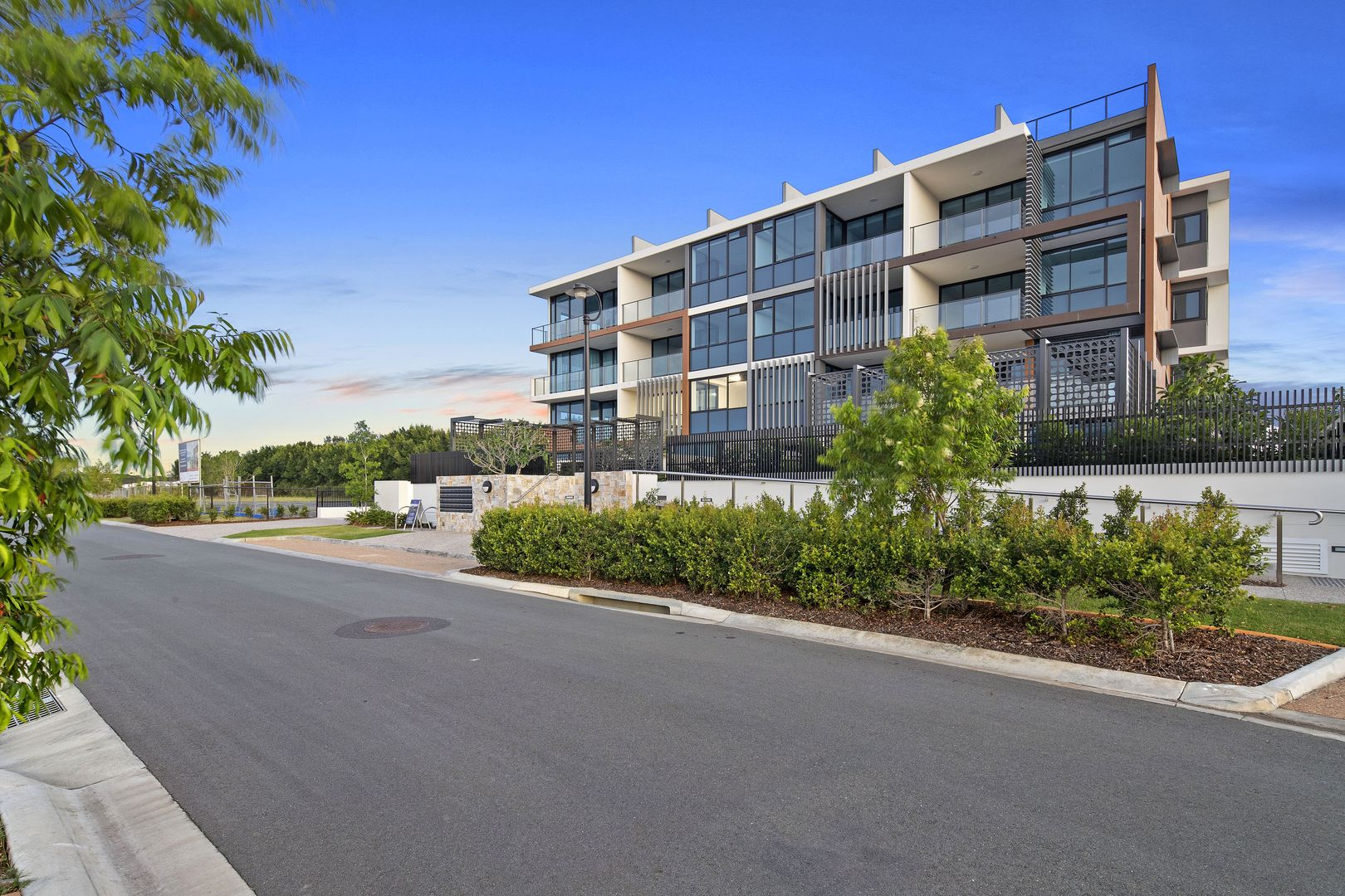 5227/52 Harbourview  Drive, Hope Island QLD 4212, Image 0