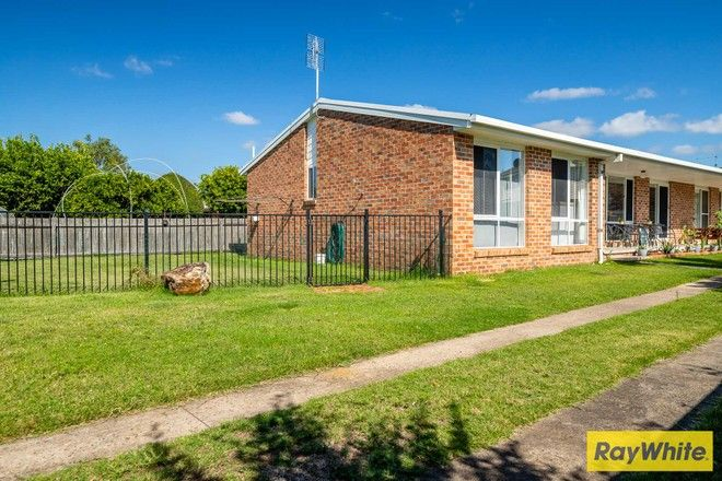 Picture of 2/43 Belbowrie Parade, MALONEYS BEACH NSW 2536