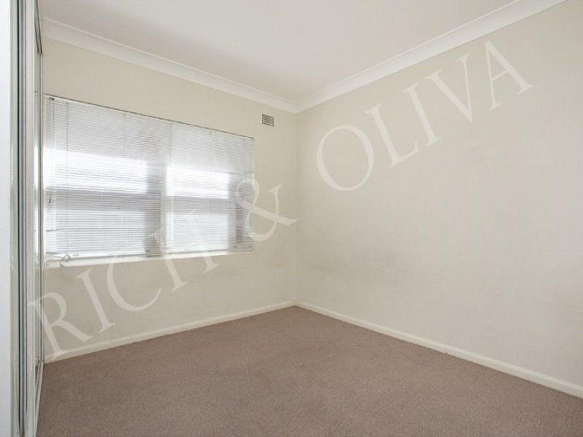 2/18 Orpington Street, Ashfield NSW 2131, Image 2