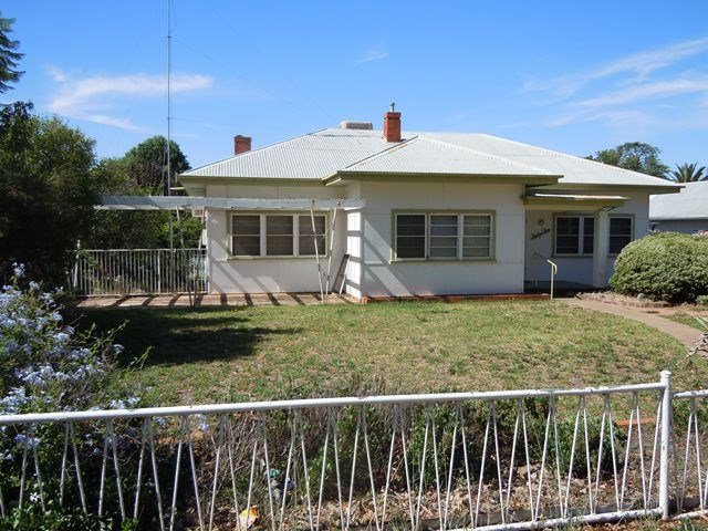 45 Riverine Street, Narrandera NSW 2700, Image 0