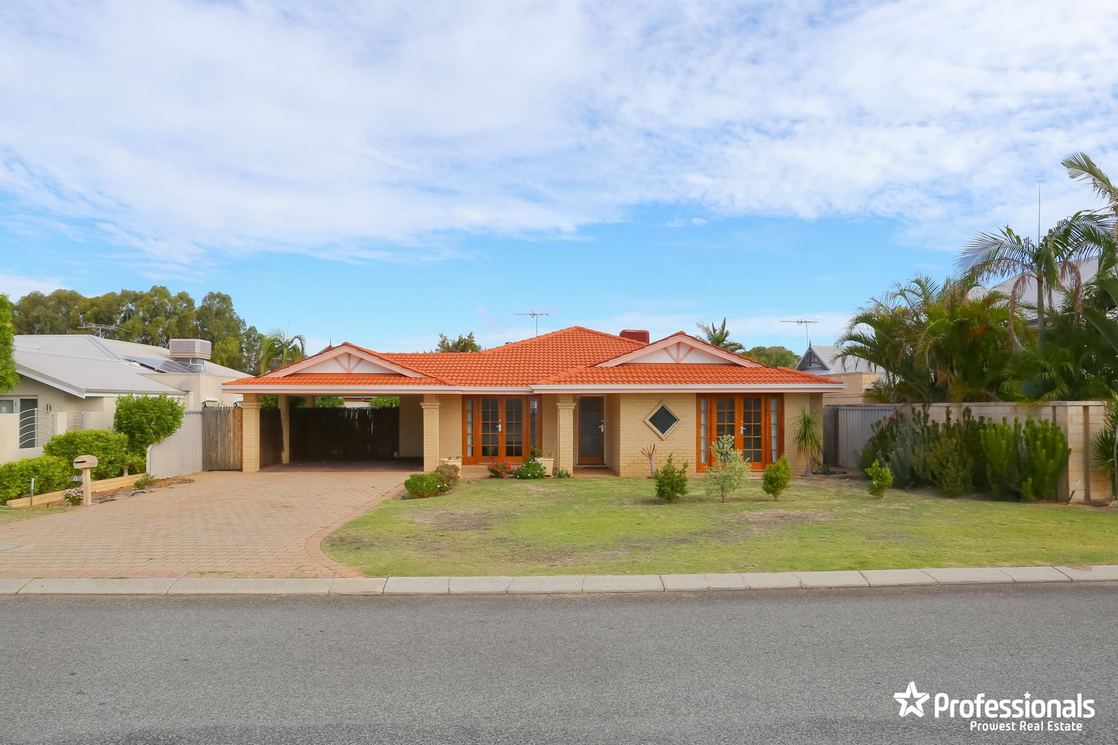 6 Carmody Court, Bull Creek WA 6149, Image 0