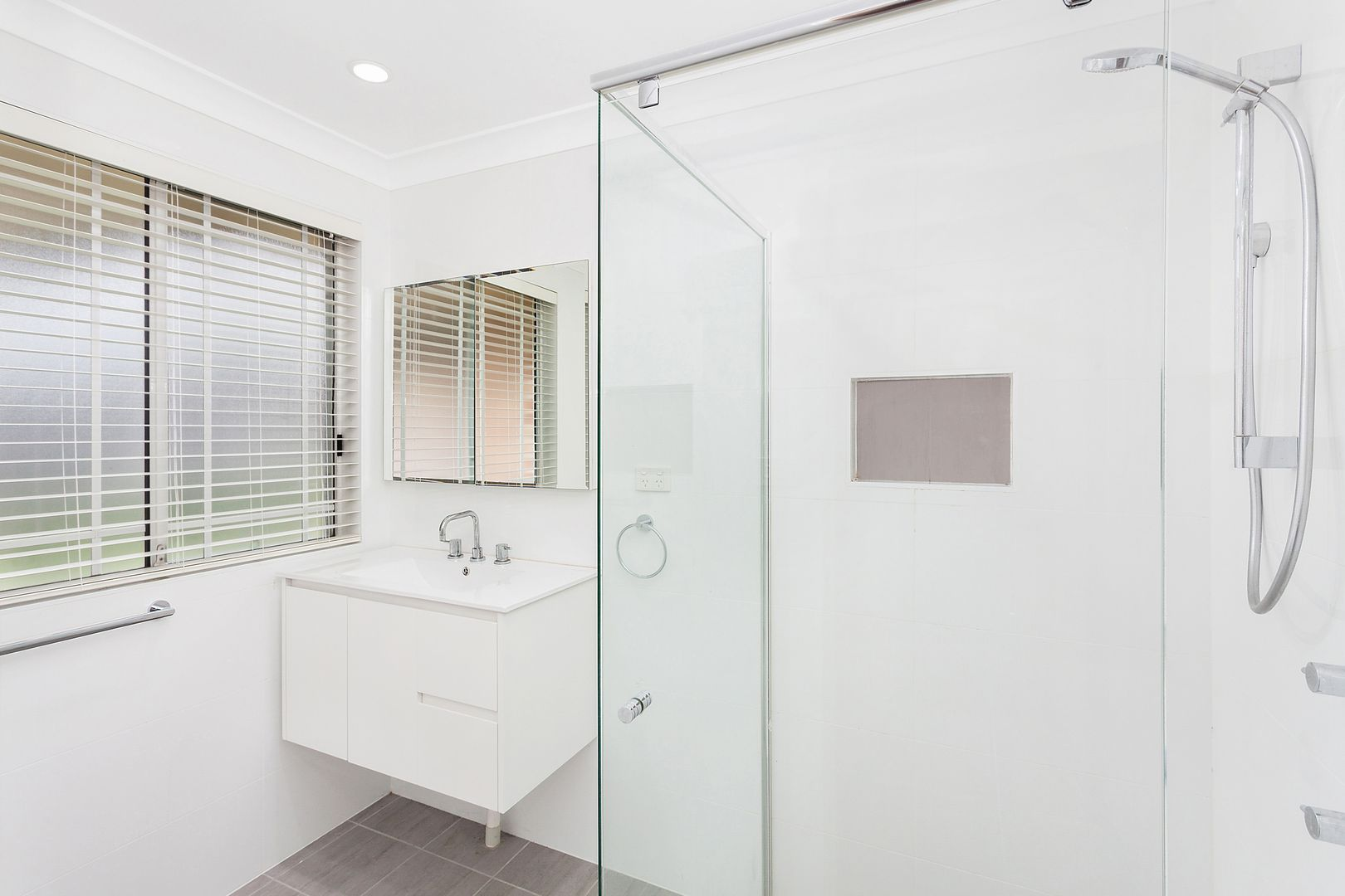 3 Ann Close, Ourimbah NSW 2258, Image 2