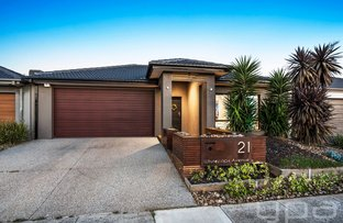 Picture of 21 Whitecaps Avenue, Point Cook VIC 3030