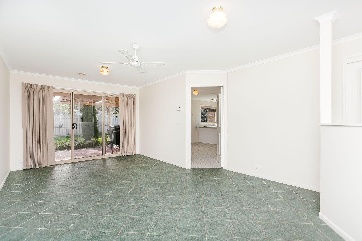 23 Rosewood Glen, Jerrabomberra NSW 2619, Image 1