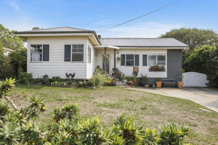 16 Campbell St, Moruya NSW 2537, Image 0