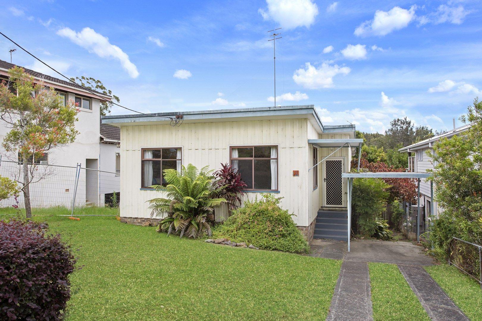 11 Karani Avenue, Avoca Beach NSW 2251, Image 0
