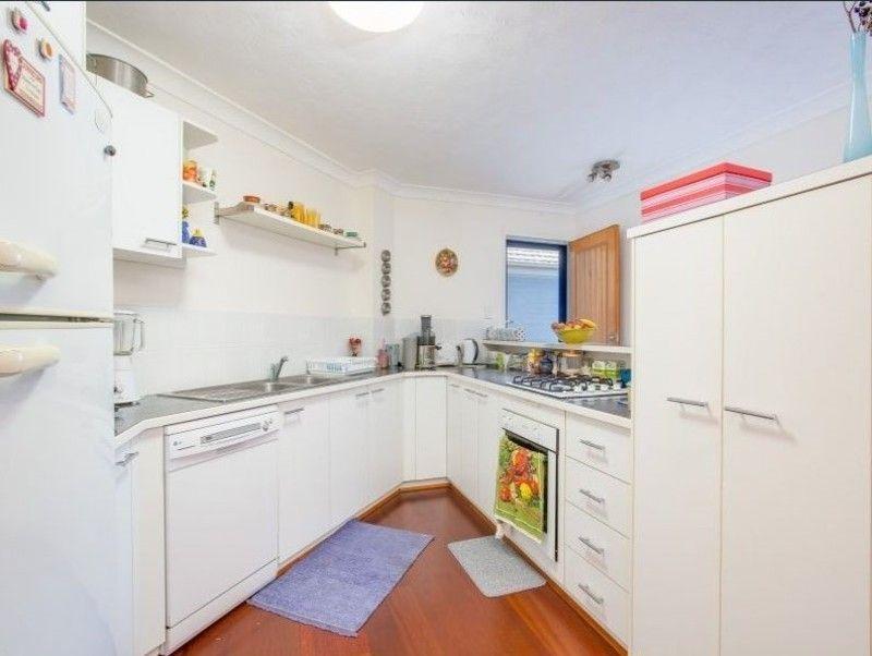 4/94 Haig Street, Gordon Park QLD 4031, Image 2