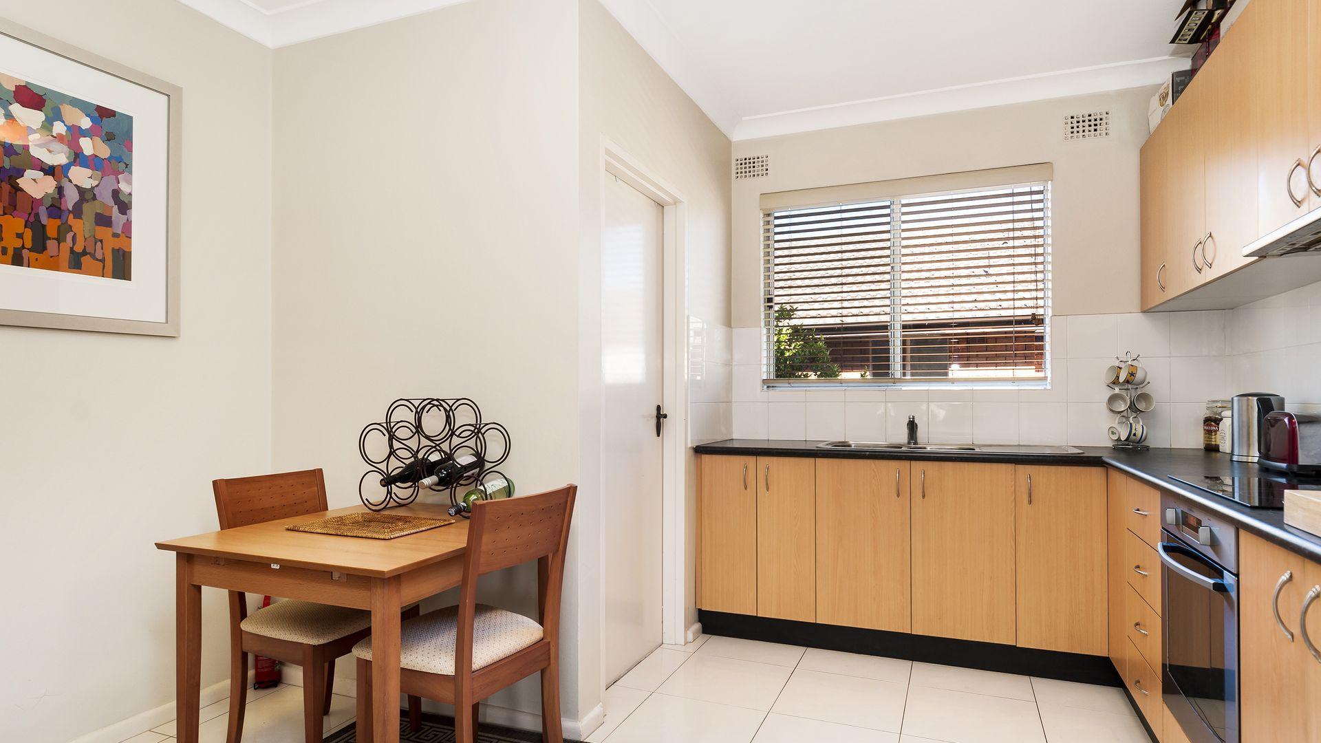 8/38 The Crescent, Homebush NSW 2140, Image 2