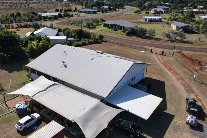 Picture of 33 Dean Circuit, MAREEBA QLD 4880