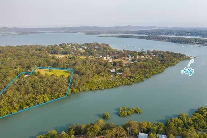 Picture of 8 Brook Haven, LAMB ISLAND QLD 4184