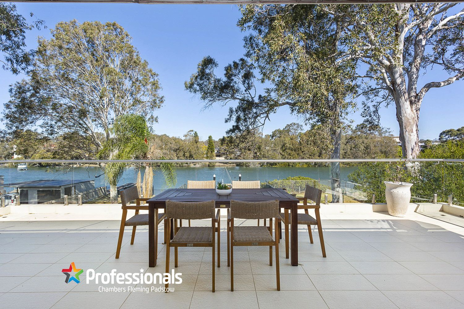 590 Henry Lawson Drive, East Hills NSW 2213, Image 2