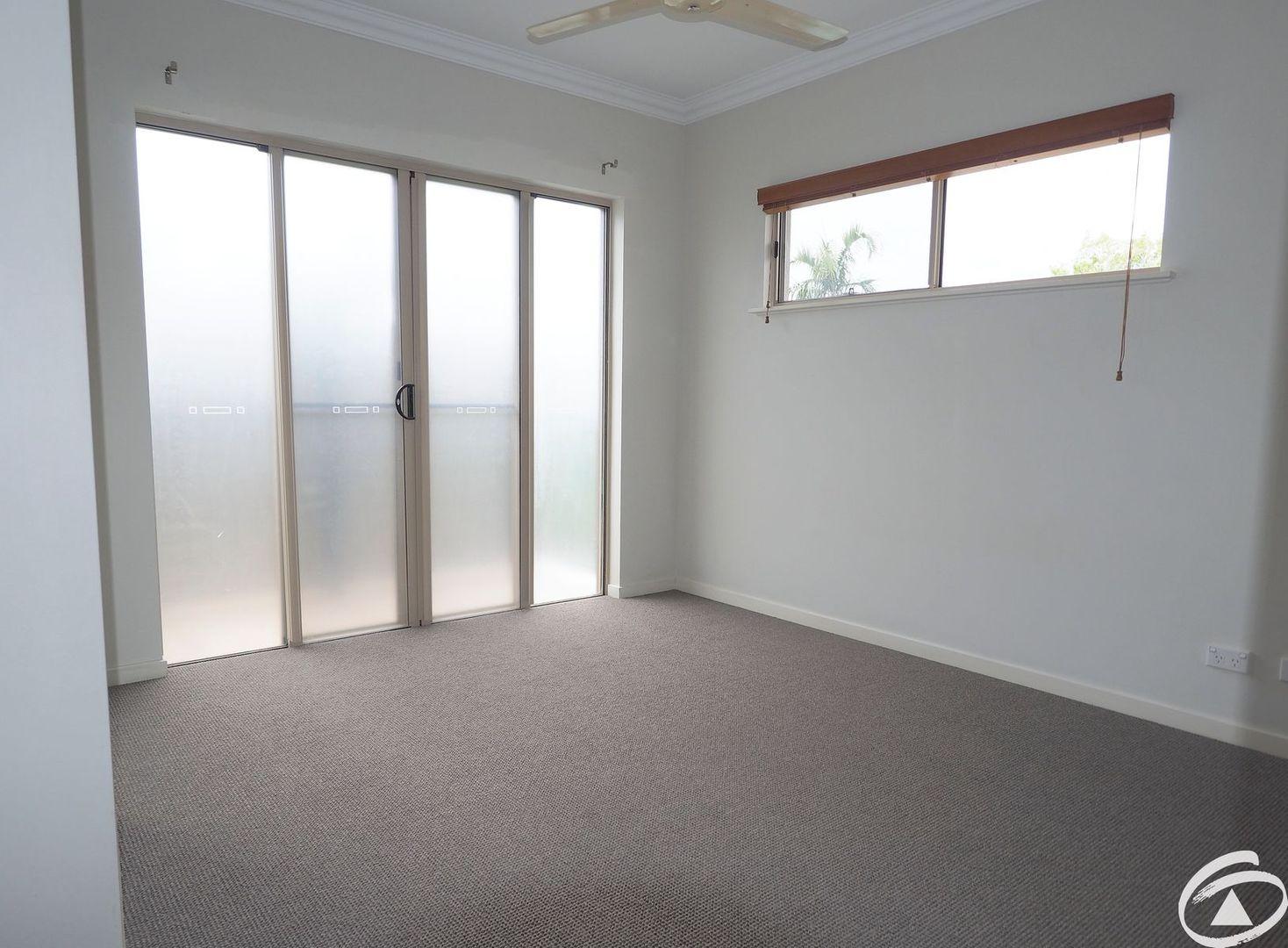 2209/22-26 Clifton Road, Clifton Beach QLD 4879, Image 1