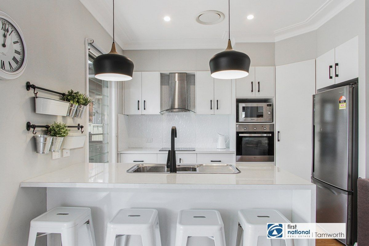 7 Heugh Street, South Tamworth NSW 2340, Image 1