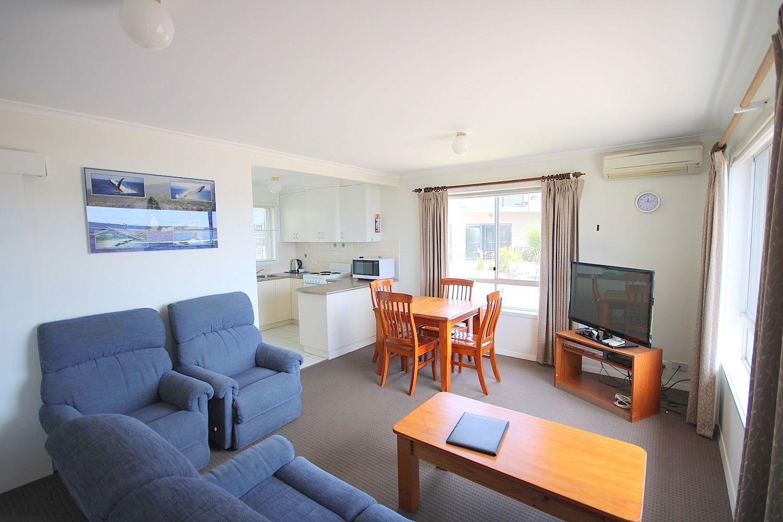 Unit 2/12-14 Yule St, Eden NSW 2551, Image 2