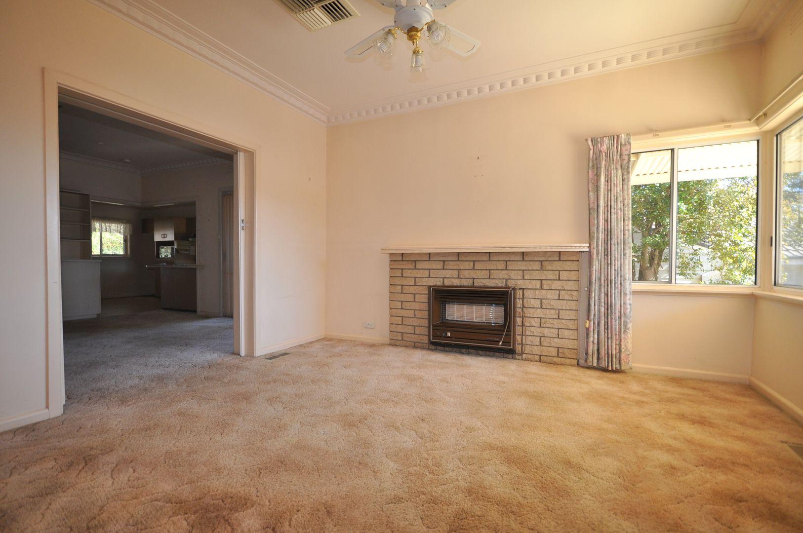 239 Walsh Street, East Albury NSW 2640, Image 1